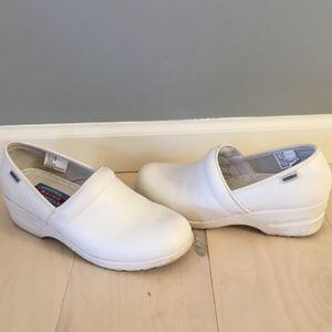 Cherokee Workwear white clogs